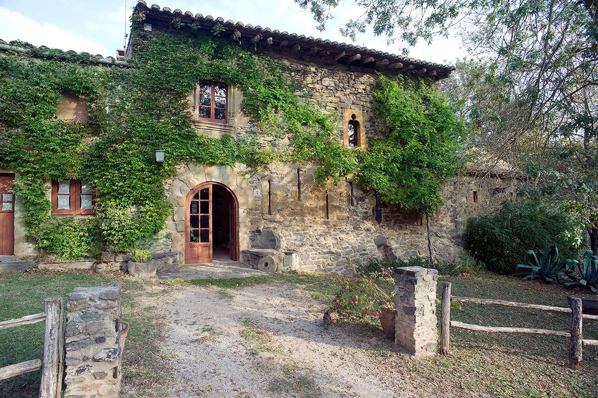 fachada-rustica-piedra